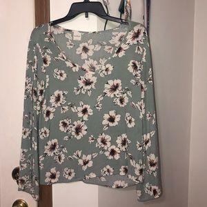 Kaileigh Long-Sleeve Floral Blouse